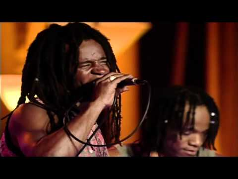DYER MAKER / D'YER MAK'ER. CIDADE NEGRA HD LIVE VIDEO