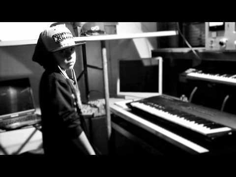 Gran Bellaka-Kennat ft flow band.