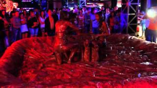 Клубника в шоколаде в Ночном клубе «VELES» Брянск 13.07.2013