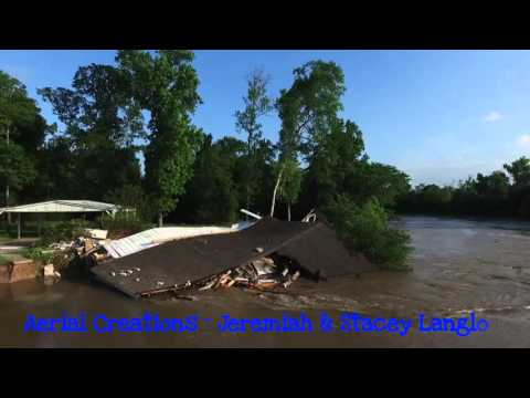Flood 2016 San Jacinto River Claims Iconic home in Magnolia Bend Conroe Texas