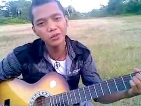 Lagu Sedih Mantan Bersama Teman Sendiri