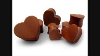 Heart Shaped Wooden Plugs (0g - 1 Inch)