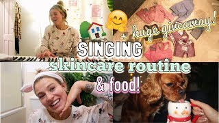 SINGING FESTIVE SONGS, SKINCARE ROUTINE & COOKING HEALTHY FOOD! | EVENING ROUTINE VLOG
