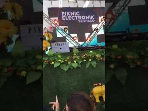 RICARDO VILLALOBOS B2B RARESH    PIKNIC ELECTRONIC SANTIAGO 2017
