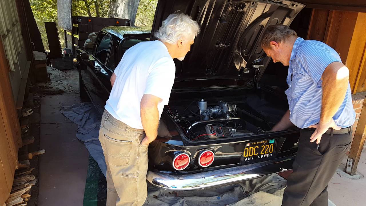 Tony Dow (TVu0027s Wally Cleaver) Gets His Boyhood Car Back AND RUNNING!! A  1962 Corvair!
