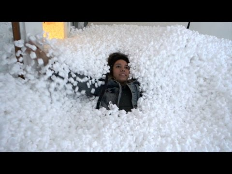5000$ PACKING PEANUT PRANK DESTROYS OUR HOUSE!!