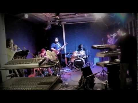 [SimplyBhangra.com] Shama feat The 515 Crew - Diljaani (Video)