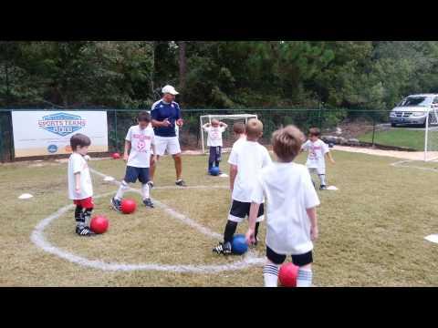 Soccer 5 & 6 yrs:  Dribbling Warmup Activity