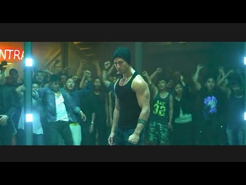 Baaghi [ Tiger Shroff most amazing fight...