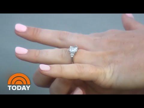Amy Lynn - A Woman Swallowed Her Wedding Ring During A Dream!