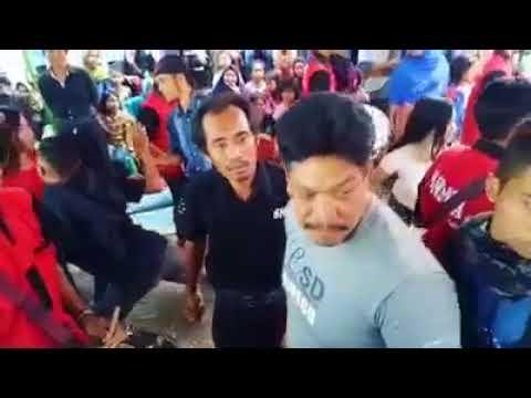 ribut disaat berlangsungnya joget cilokak di tolot tolot lombok tengah NTB