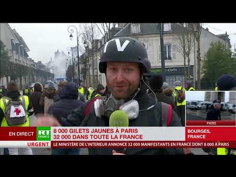 Face-à-face entre policiers et Gilets jaunes à Bourges