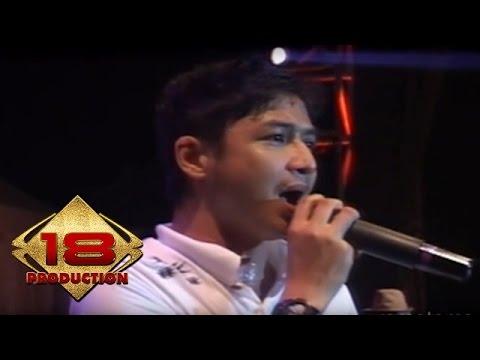 Ungu - Kau Anggap Apa  (Live Konser Kendari 18 Mei 2013)