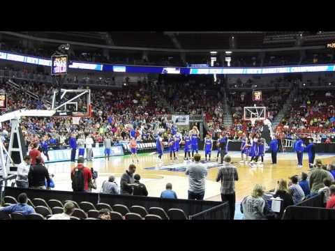Graham hits half court shot at 2016 NCAA first round practice in Des Moines