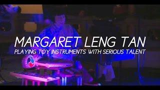 Грати іграшковими інструментами з серйозними талант: Маргарет Ленг Тан