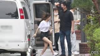 200626 밴에서 폴짝 뛰어내리는 미연 (여자)아이들 - KBS 뮤직뱅크 출근길 by ODS
