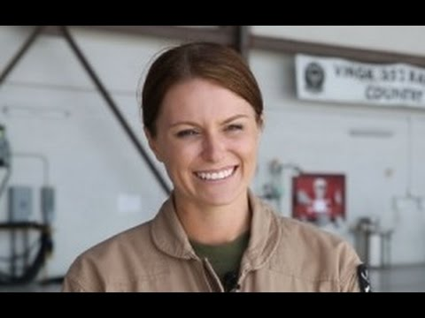 ALL US MILITARY JOBS OPEN TO WOMEN !!! Says Pentagon A Great day for Feminism (Social Experiment)