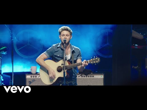 "Niall Horan - Finally Free (From ""Smallfoot"") (Official Video)"