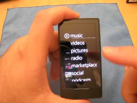 Zune HD - Unboxing & Overview