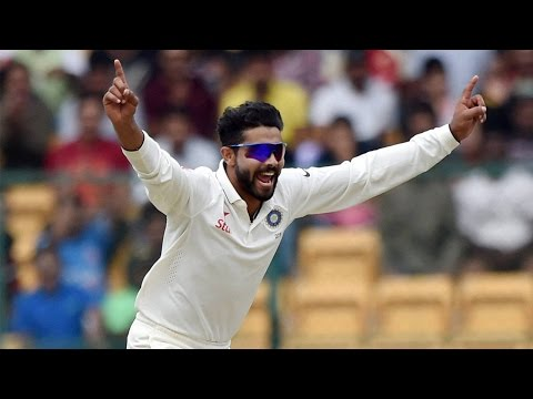 Ravindra Jadeja claims 5 wickets wrapping up New Zealand to 262 in 1st innings| Oneindia News