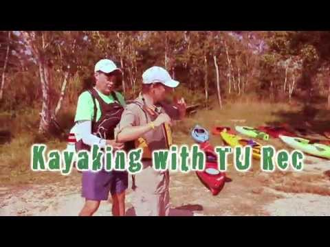 Kayaking with Tulane Outdoor Adventures