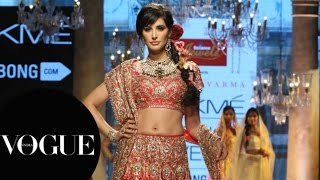 Nargis Fakhri at Lakmé Fashion Week S/R 2015: Day 4