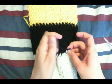 how to finish cast off a knit loom scarf youtube. Black Bedroom Furniture Sets. Home Design Ideas