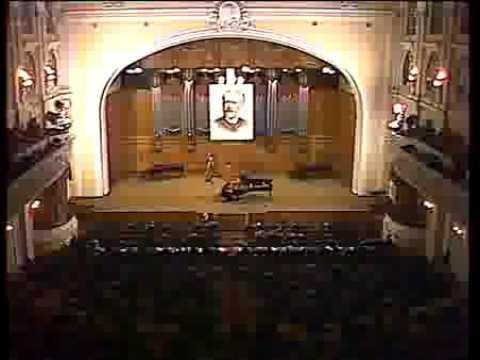 Natalia Trull plays Stravinsky Petrushka (Tchaikovsky 1986)