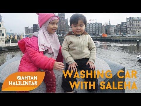 Qahtan Halilintar Washing Car With Ka Saleha Halilintar - GENHALILINTAR 11 ANAK