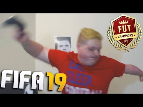 IRISH PLAYER RAGES PLAYING FIFA 19!!! (Controller Smashed)