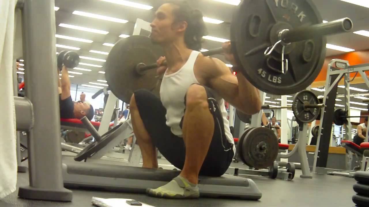 low box squats - YouTube