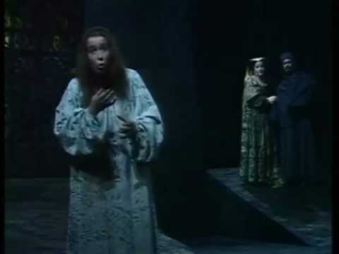 Macbeth - The Sleepwalking Scene - Glyndebourne