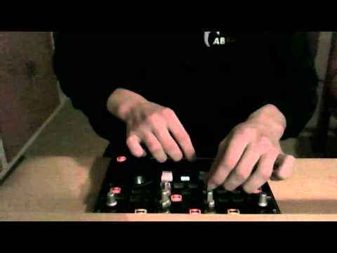 Ameteur mix with Hercules DJ controllers mp3 e2