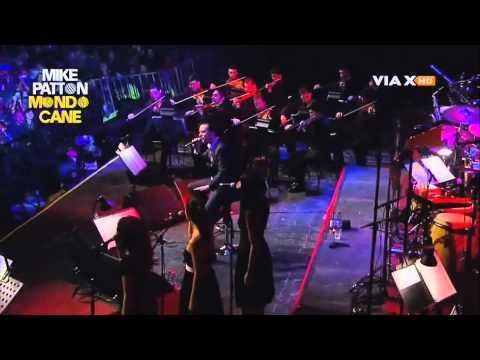 Mike Patton (Mondo Cane) Il Cielo In Una Stanza @ Teatro Caupolicán, Chile 21/09/2011 HD