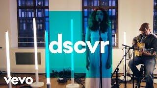Janet Devlin - Whisky Lullabies - Vevo dscvr (Live)