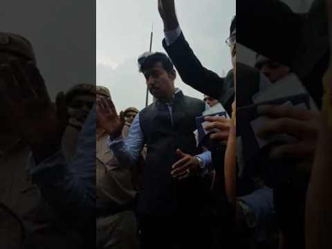 Protest on CA DAY against ICAI. Rajwardhan  rathore got angry.Piyush goel asked students to leave