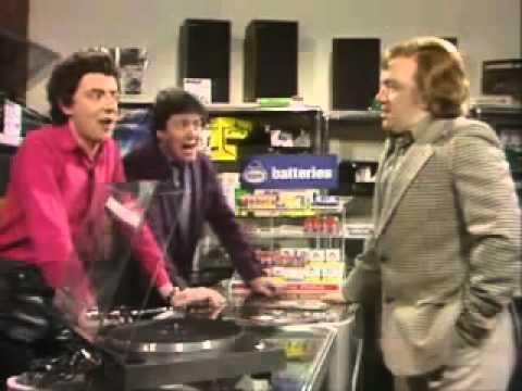 I would like to buy a gramophone - Not The Nine O'Clock News (NTNOCN)
