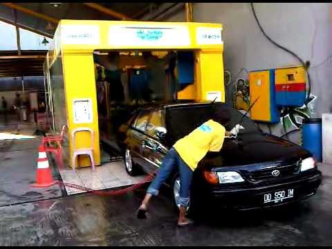 Cuci Mobil Otomatis Auto Clean Car Wash Makassar Youtube