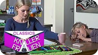 Mathehausaufgaben [subtitled]  | Knallerfrauen mit Martina Hill