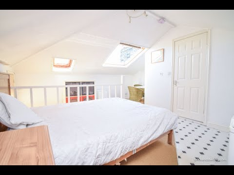 London Studio Apartment Tour - Kensington Studio Flat - Available OCT 2017