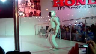 Робот ASIMO в Москве!