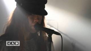 Blonde Redhead - Love or Prison (4AD Session)