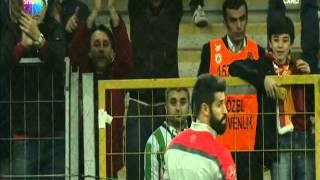 Volkan Demirel stadı terketti