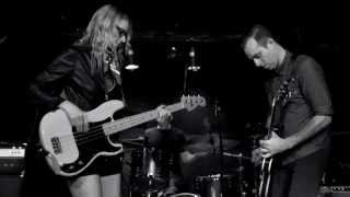 The Both (Aimee Mann & Ted Leo) - Voices Carry (