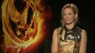 Elizabeth Banks' Biggest 'Hunger Games' Stunt: Wearing 9-Inch Stilettos!