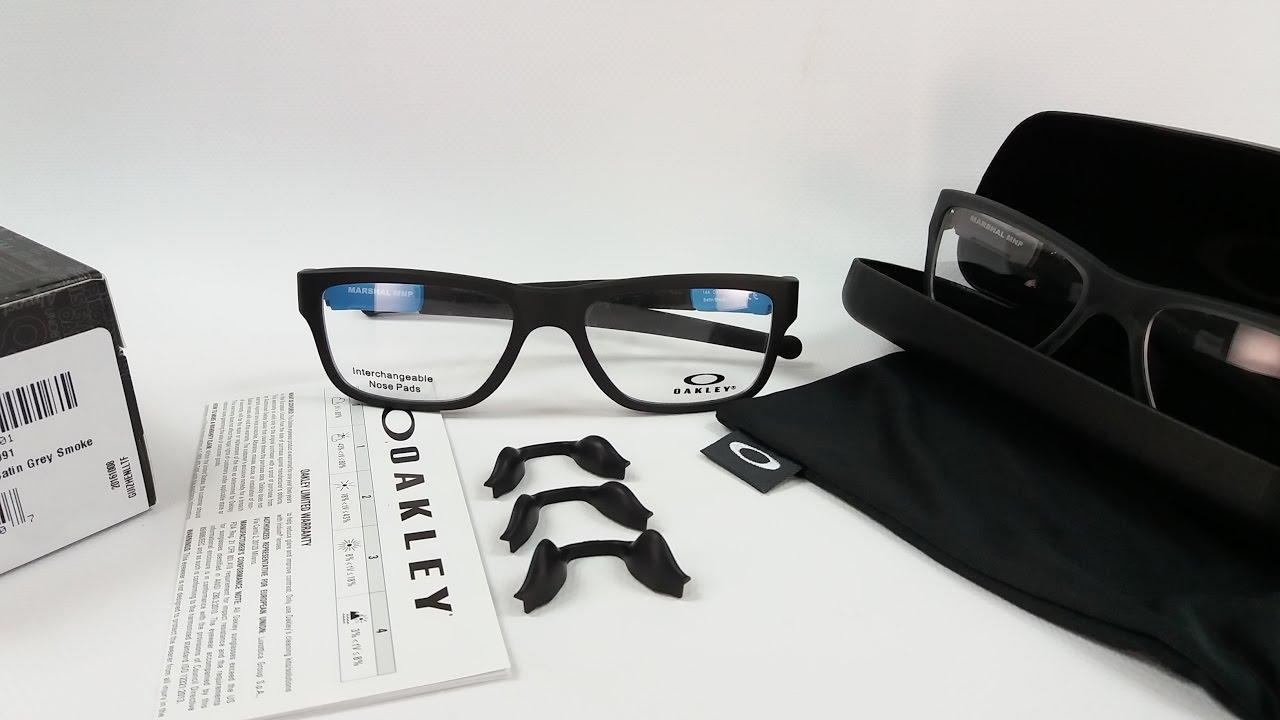 16b14d305d04c Oakley Marshal Trubridge OX8091 眼鏡鼻托裝卸 - YouTube