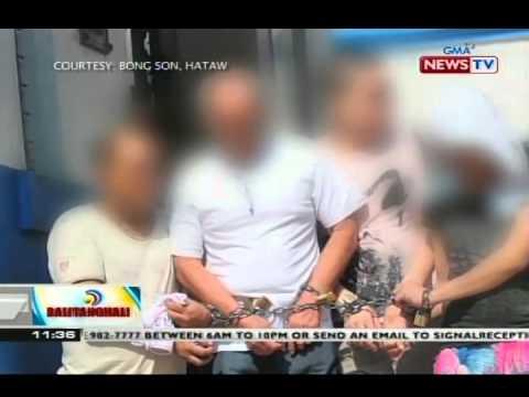 Apat na preso, nakakadena habang inilalabas sa Manila Police District