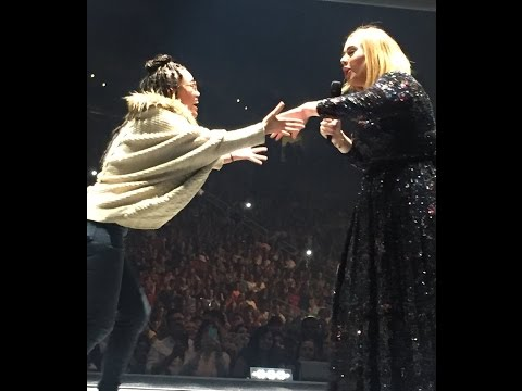 Teen Girl Wows Adele and Sings at Her Houston Concert