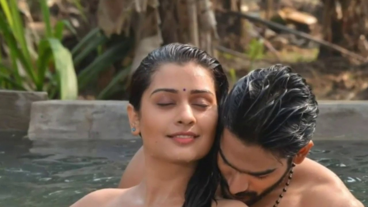 Payal Rajput Bold Kissing Scene 2019 Punjabi Actress Hot -8206