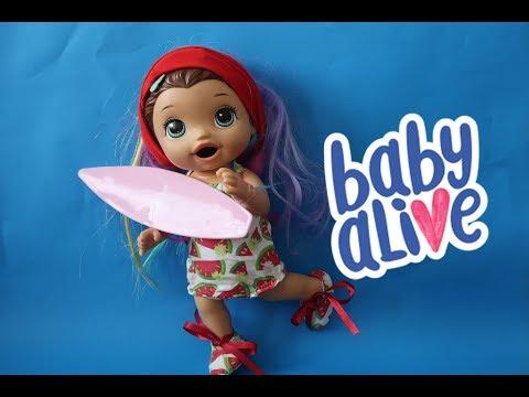 SE ARRUME PARA VIRAR SURFISTA COM PRANCHA E CABELÃO. BABY ALIVE AMANDINHA.